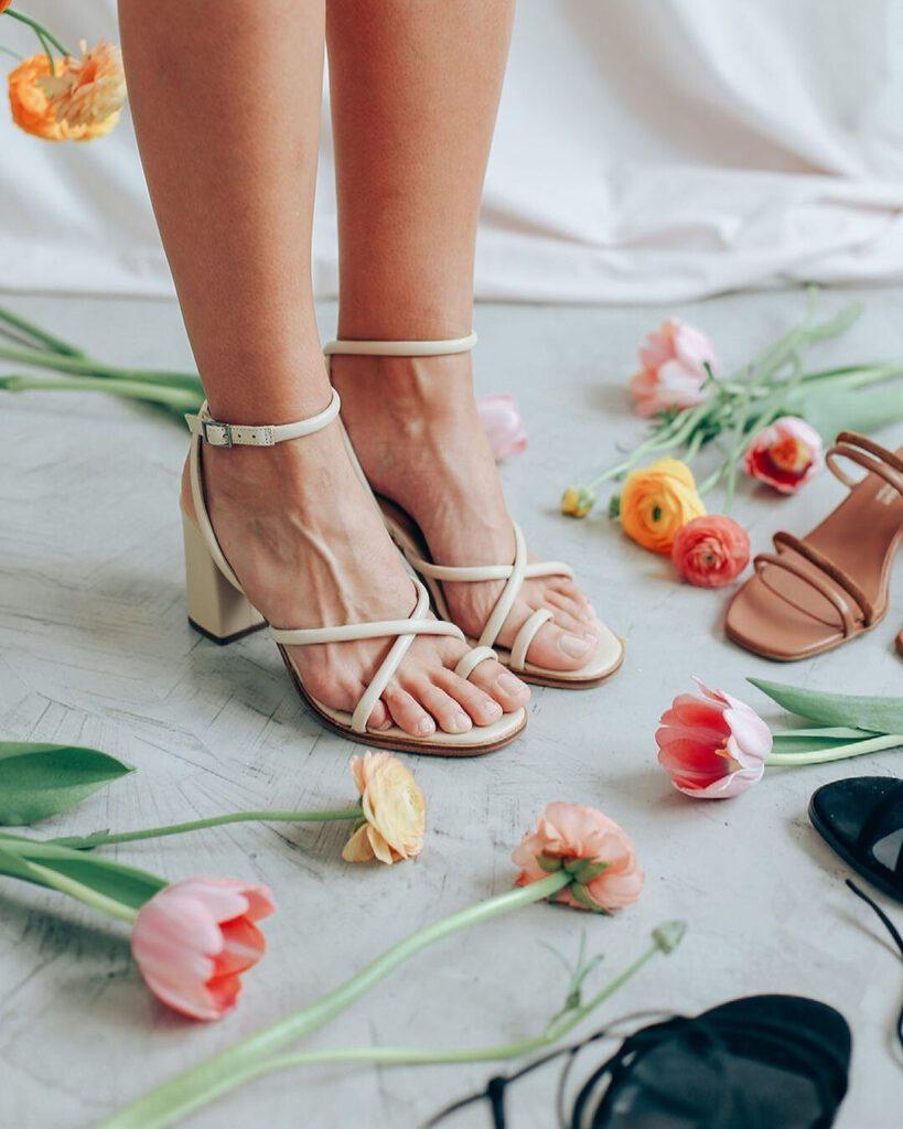 Sandalias perfectas de la primavera-verano 2021 que serán tendencia y que puedes comprar ya
